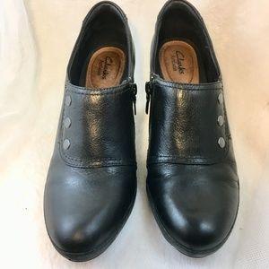Clarks Black Leather Booties shoes Heels 9.5